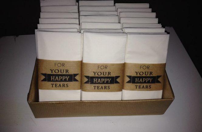 Zakdoekjes For Your Happy Tears www.love2try.nl